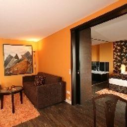 Seenelke_Apart-Hotel-Wilhelmshaven-Suite-14-460064.jpg