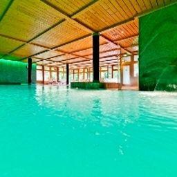 Les_Trois_Rois_Logis-Villers-Bocage-Pool-461695.jpg