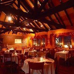 Uppercross-Dublin-Restaurantbreakfast_room-462139.jpg
