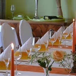 Vier_Jahreszeiten-Buckow-Restaurant_1-462920.jpg