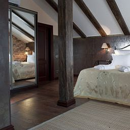 Room La Gioconda