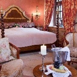 Schloss_Matzen-Reith_im_Alpbachtal-Double_room_superior-1-463343.jpg