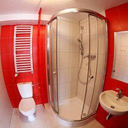 Boogie_hostel_Deluxe-Wroclaw-Bathroom-1-463700.jpg