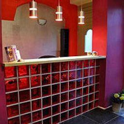 Boogie_hostel_Deluxe-Wroclaw-Reception-463700.jpg