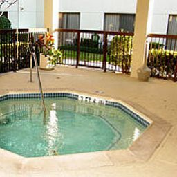 Wellness Courtyard Houston Hobby Airport