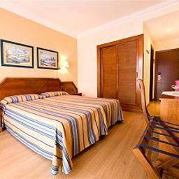 Monarque_Fuengirola_Park-Fuengirola-Room-4-465415.jpg