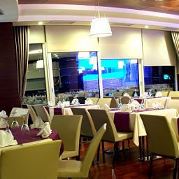 Salle du petit-déjeuner Alba