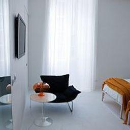 Palazzo_Segreti-Milan-Room-4-468132.jpg