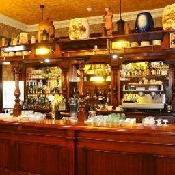 Obester-Debrecen-Hotel_bar-487132.jpg