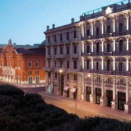 Exterior view Oriente Hotel