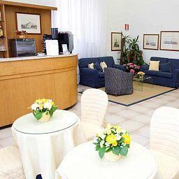 Italia-Siena-Hotel_bar-515924.jpg