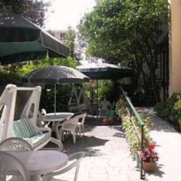 Serena-Varazze-Garden-518867.jpg