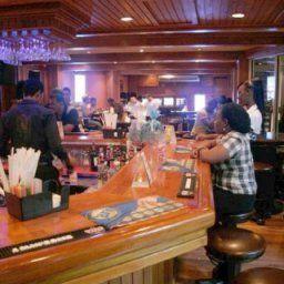 Tradewinds_Hotel-San_Fernando-Hotel_bar-2-520254.jpg