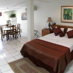 Tradewinds_Hotel-San_Fernando-Room-1-520254.jpg