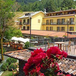 Belvedere_Hotel_Ristorante-Minucciano-Exterior_view-1-520725.jpg