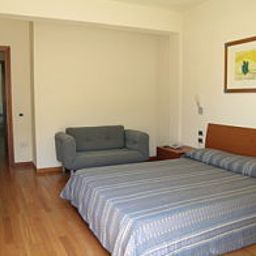 Verde_Luna-Pietrasanta-Room-520998.jpg