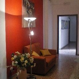 Vestíbulo del hotel Actinia Accomodation B&B