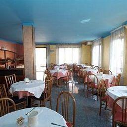 Ducale-Porto_Mantovano-Breakfast_room-521021.jpg