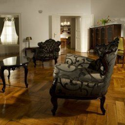 Antiq_Palace_Small_Luxury_Hotel_of_the_World-_SLH-Ljubljana-Suite-3-521755.jpg