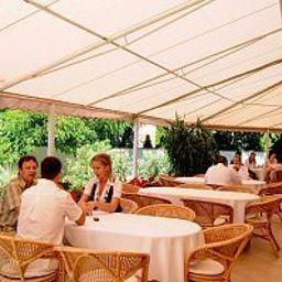 Ket_Korona_Konferencia_es_Wellness-Balatonszarszo-Terrace-1-521885.jpg