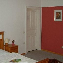 Graf_Gerhard-Wassenberg-Room-2-524552.jpg