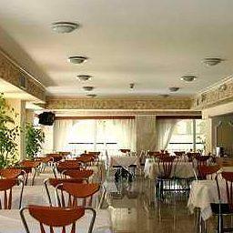 Poseidonio-Piraeus-Restaurant-524748.jpg