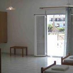 Zimmer Irilena Apartments