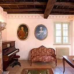 Antica_Torre_Viscontea-San_Genesio_ed_Uniti-Interior_view-526021.jpg