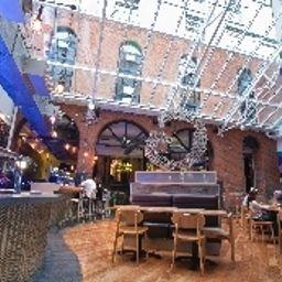 Generator_Hostel-Dublin-Hotel_bar-1-528802.jpg