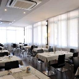 Sala de desayuno M14