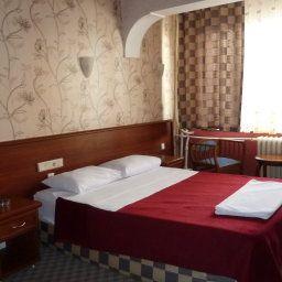 Saray_Hotel-Edirne-Family_room-2-529450.jpg