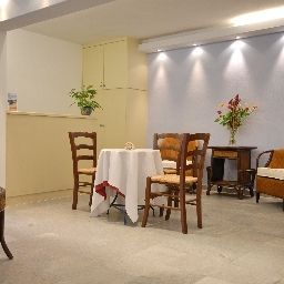 Hotelhalle Almare