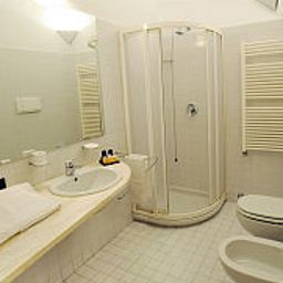 Cora-Carate_Brianza-Bathroom-536106.jpg