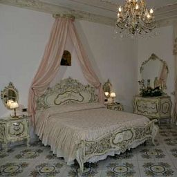 Room Le Galassie