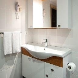Istanbul_Inn_Residence-Istanbul-Bathroom-5-537364.jpg