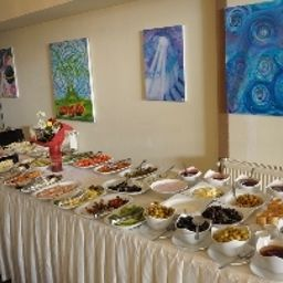 Istanbul_Inn_Residence-Istanbul-Buffet-1-537364.jpg