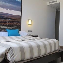 Suite junior Aznaitin Hostal Baeza (Jaén)