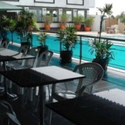 Avana_Bangkok_Hotel-Bangkok-Pool-537881.jpg