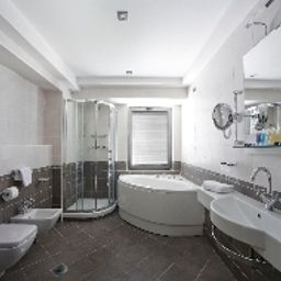 Monte_Casa_Wellness_Spa-Budva-Bathroom-538458.jpg