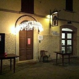 Mo_Da_Antica_Locanda-Montegiardino-Hotel_outdoor_area-538693.jpg