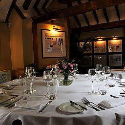 Chequers_Inn-Uckfield-Restaurant-8-539483.jpg