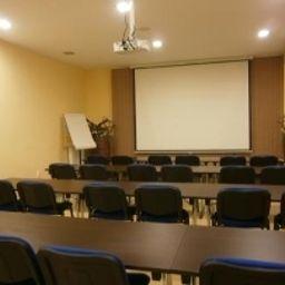 Viktor_Bratislava-Bratislava-Meeting_room-1-539858.jpg
