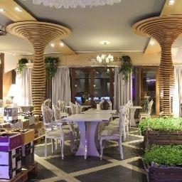 Ramka_Restaurant_Wine_Bar-Poznan-Restaurantbreakfast_room-3-540001.jpg