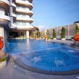 Viva_Garden_Serviced_Residence-Bangkok-Pool-2-540847.jpg