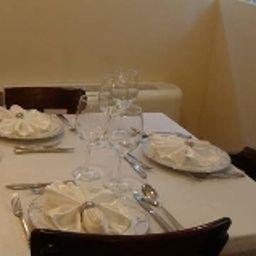 Restaurant/salle de petit-déjeuner Villa Haghia Sophia Concept  Wood House