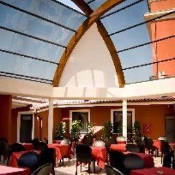 Star-Rome-Restaurant-541695.jpg
