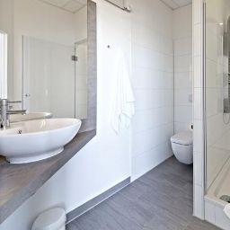 Road_House-Paderborn-Bathroom-2-541964.jpg