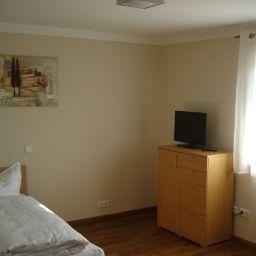 Room Alex