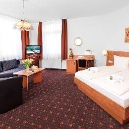 Dreilaenderbruecke-Weil_am_Rhein-Room-2-543345.jpg