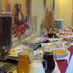 Pozyton-Bydgoszcz-Restaurantbreakfast_room-2-544045.jpg